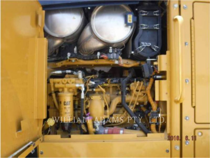 CATERPILLAR NIVELEUSES 140M3 equipment  photo 8