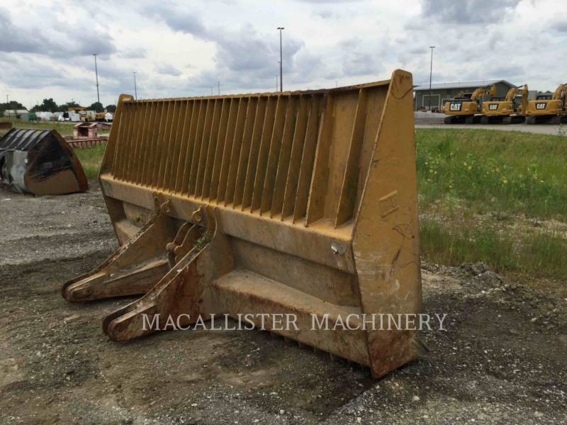 CATERPILLAR COMPACTORS 826H equipment  photo 10
