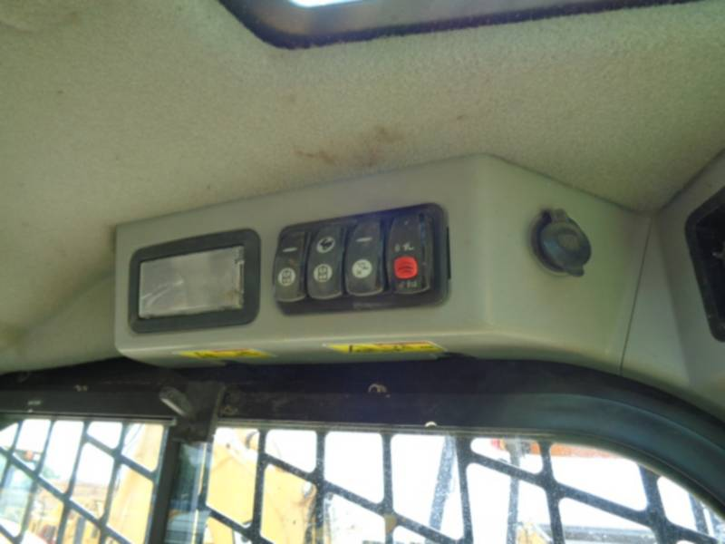 CATERPILLAR CARGADORES MULTITERRENO 279D equipment  photo 20