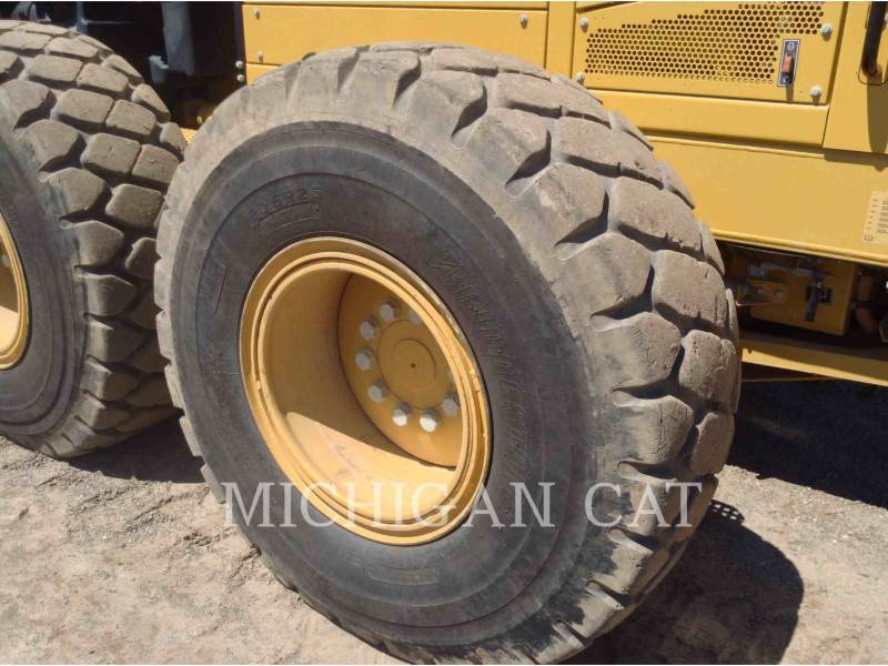CATERPILLAR MOTONIVELADORAS 14M R equipment  photo 18