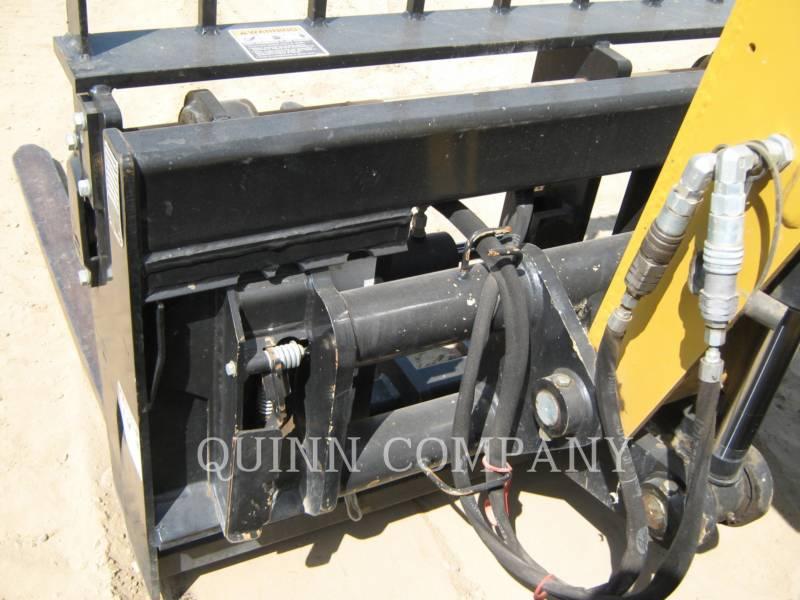 CATERPILLAR TELEHANDLER TH255 equipment  photo 4