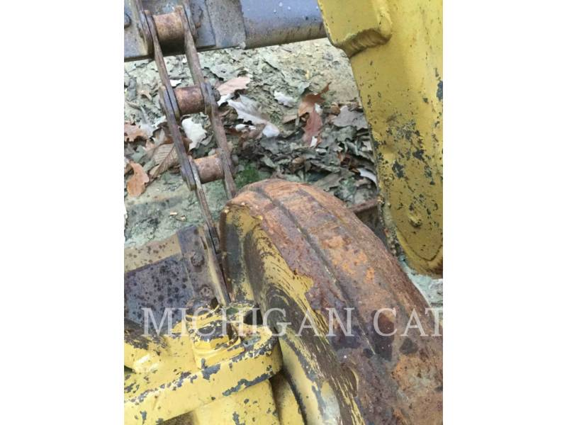 CATERPILLAR WHEEL TRACTOR SCRAPERS 613C equipment  photo 16