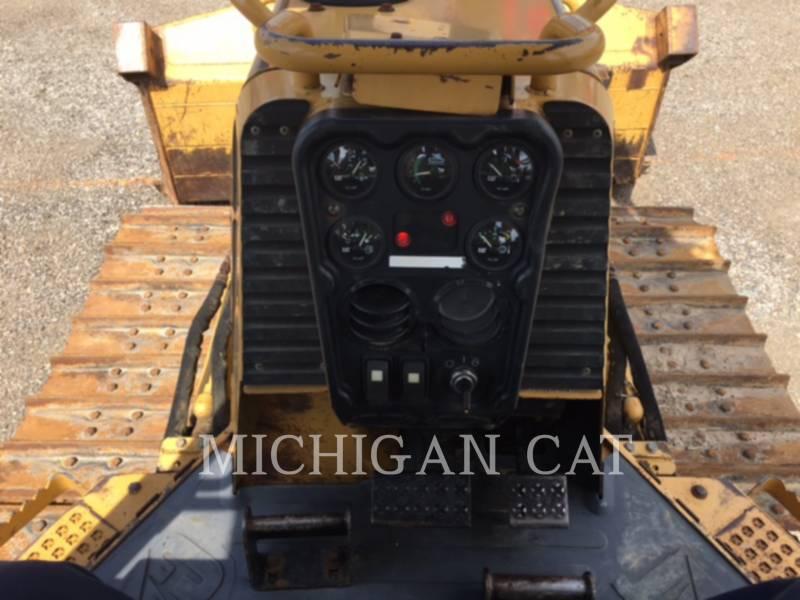 CATERPILLAR TRACK TYPE TRACTORS D4GX equipment  photo 21