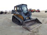 DEERE & CO. SKID STEER LOADERS 323E equipment  photo 2
