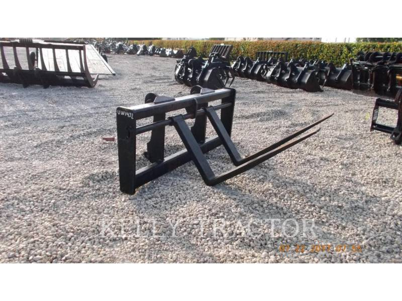 CATERPILLAR  RAKE IT38G FORKS equipment  photo 1