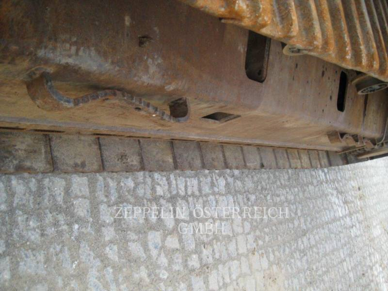 CATERPILLAR TRACK EXCAVATORS 328DLCR equipment  photo 9