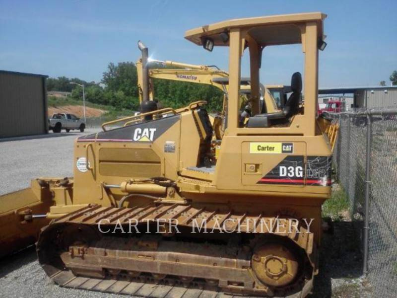 CATERPILLAR TRACK TYPE TRACTORS D3GLGP equipment  photo 4