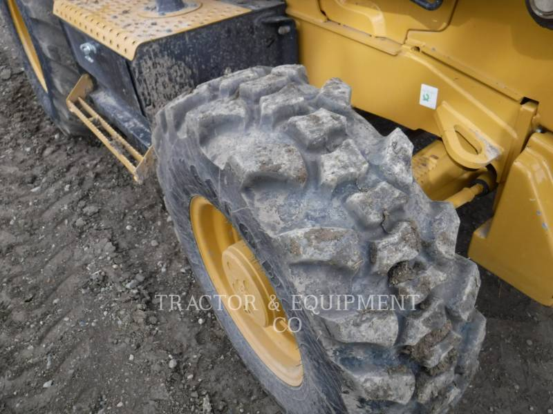 CATERPILLAR CHARGEUSES-PELLETEUSES 420F2 4ECB equipment  photo 5