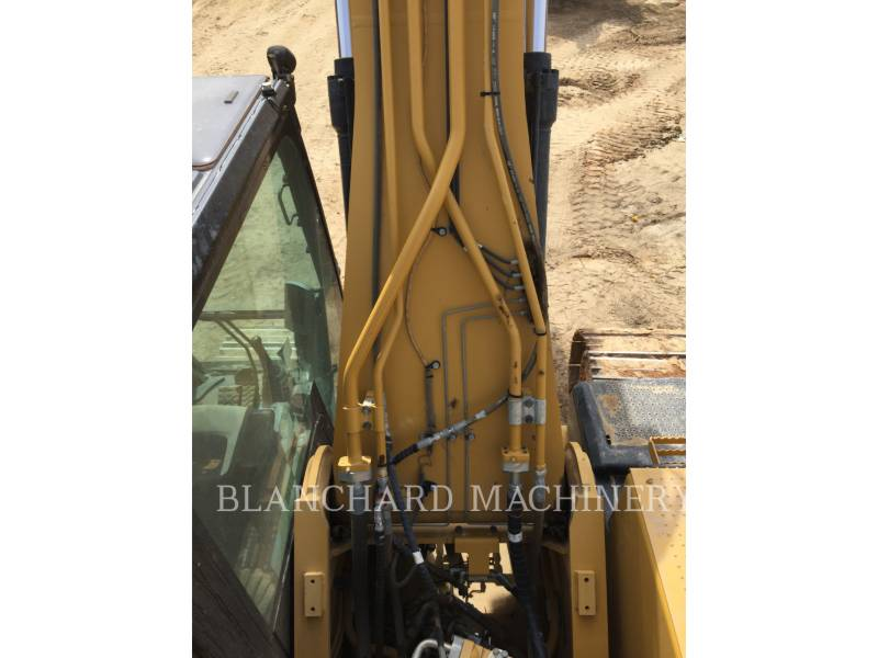 CATERPILLAR TRACK EXCAVATORS 329E equipment  photo 7