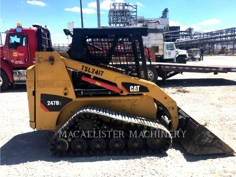 CATERPILLAR CHARGEURS TOUT TERRAIN 247B equipment  photo 2