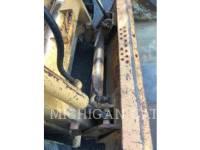CASE SKID STEER LOADERS 1845C equipment  photo 21