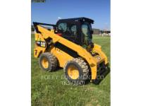 Equipment photo CATERPILLAR 272D2 CHARGEURS COMPACTS RIGIDES 1