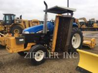 Equipment photo NEW HOLLAND LTD. TB100 TRACTOARE AGRICOLE 1