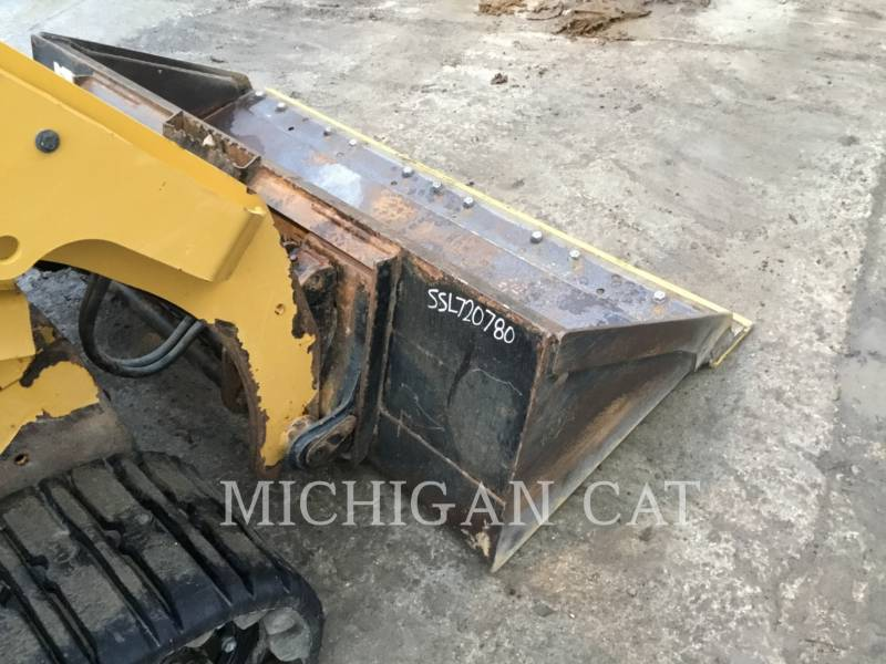 CATERPILLAR CHARGEURS TOUT TERRAIN 257D A2Q equipment  photo 17