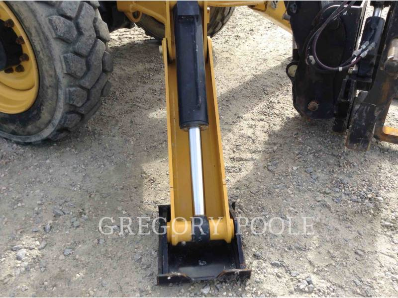 CATERPILLAR TELEHANDLER TL1055C equipment  photo 19