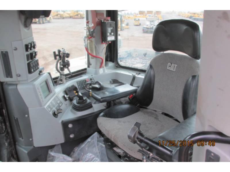 CATERPILLAR TRACK TYPE TRACTORS D11T equipment  photo 14