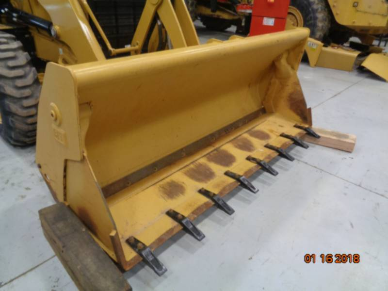 CATERPILLAR BACKHOE LOADERS 420F2ST equipment  photo 16
