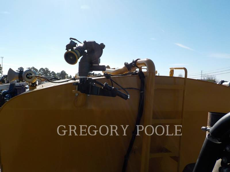 Caterpillar CAMIOANE ARTICULATE 740B equipment  photo 15