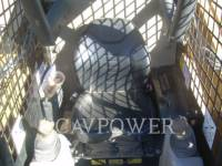 CATERPILLAR MINICARGADORAS 242B equipment  photo 3