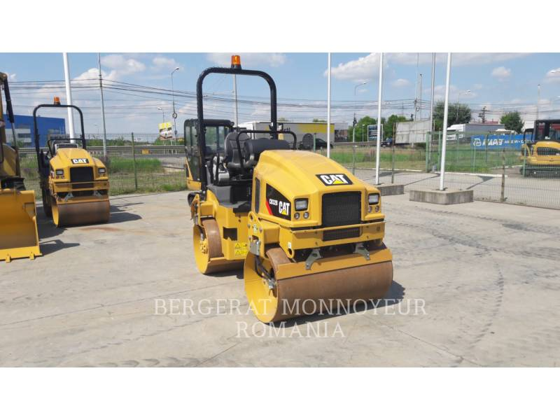 CATERPILLAR TAMBOR DOBLE VIBRATORIO ASFALTO CB32BLRC equipment  photo 5