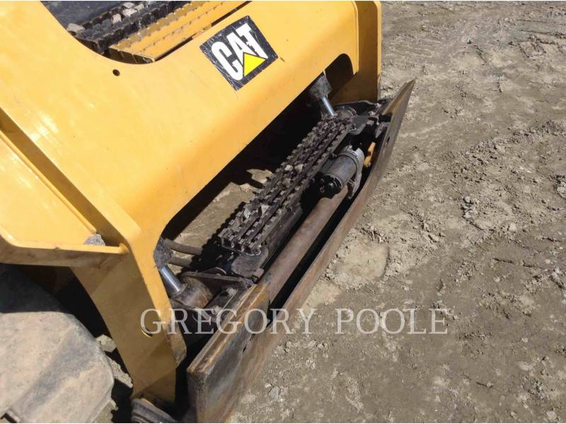 CATERPILLAR CARGADORES MULTITERRENO 299D2 equipment  photo 9