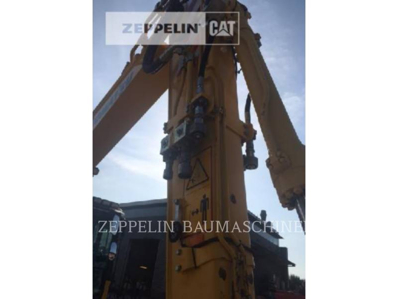 KOMATSU LTD. PELLES SUR PNEUS PW148-8 equipment  photo 9