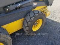 NEW HOLLAND LTD. SKID STEER LOADERS LS185B equipment  photo 8
