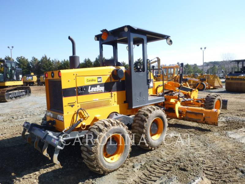 LEE-BOY VEHICULES UTILITAIRES 685C equipment  photo 5