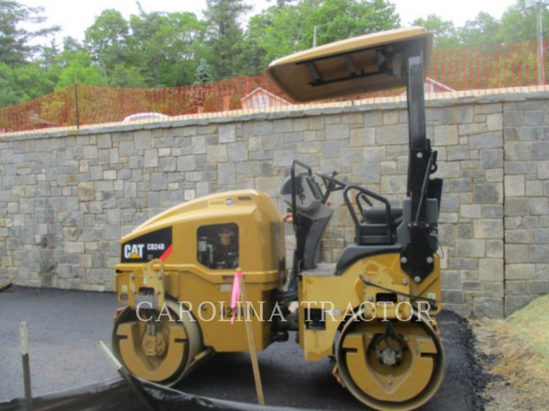 Caterpillar COMPACTOARE CB24B equipment  photo 3