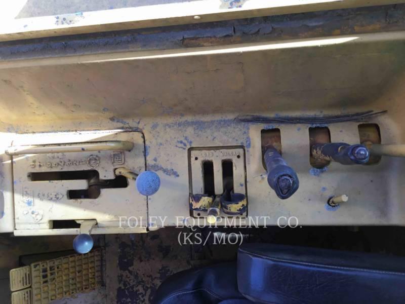 JOHN DEERE WHEEL TRACTOR SCRAPERS 760A equipment  photo 21