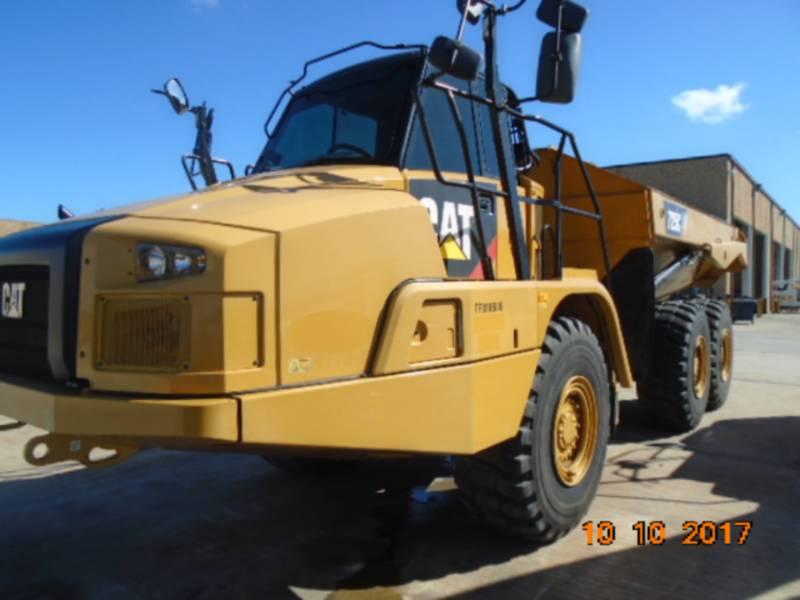 CATERPILLAR TOMBEREAUX ARTICULÉS 725C equipment  photo 1