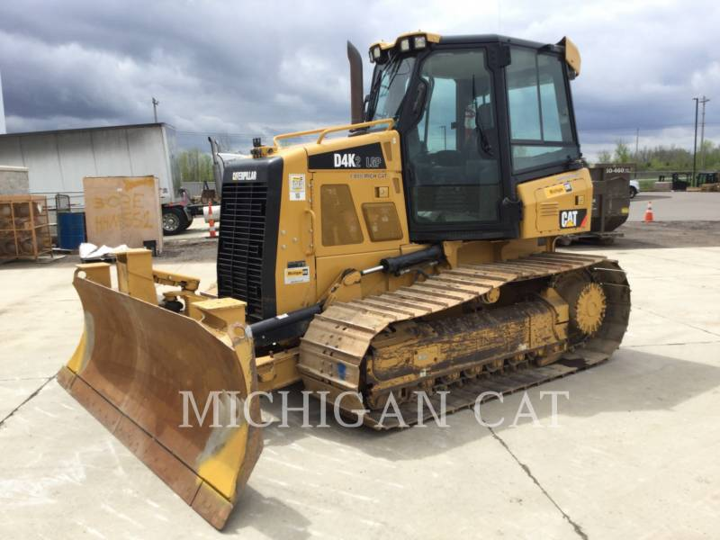 CATERPILLAR TRACK TYPE TRACTORS D4K2L CAGSALT equipment  photo 2