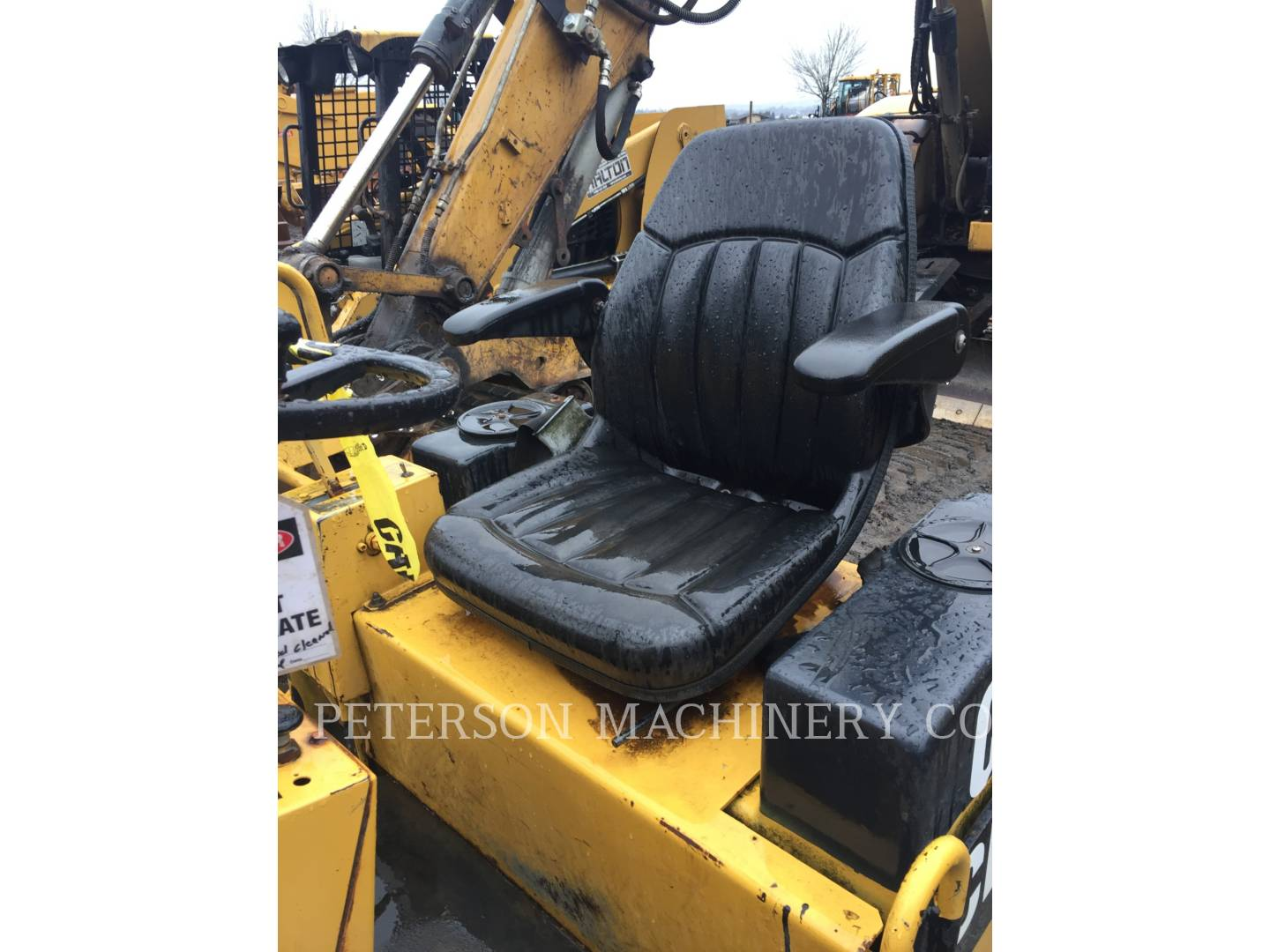 Detail photo of 1995 Caterpillar CB-224C from Construction Equipment Guide