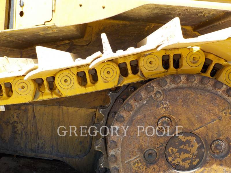 CATERPILLAR TRACK TYPE TRACTORS D6T equipment  photo 18