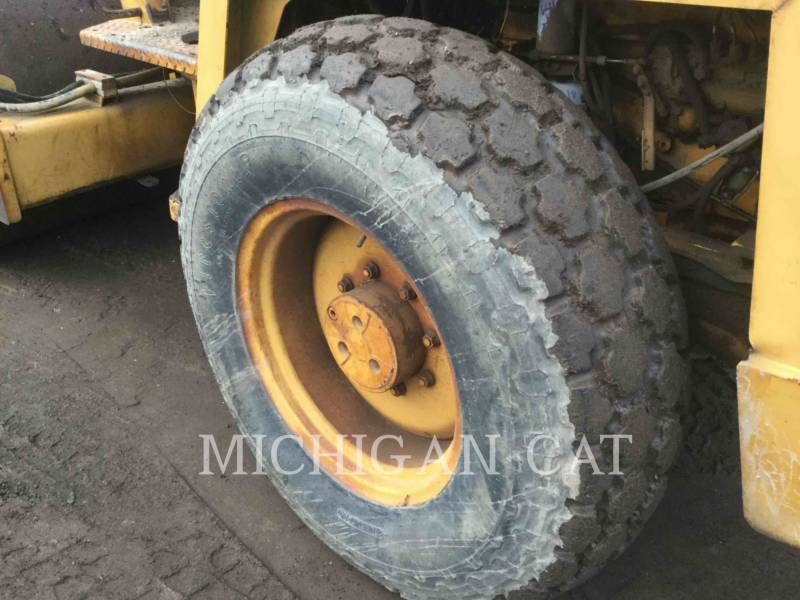 BOMAG COMPACTEUR VIBRANT, MONOCYLINDRE LISSE BW172D equipment  photo 16
