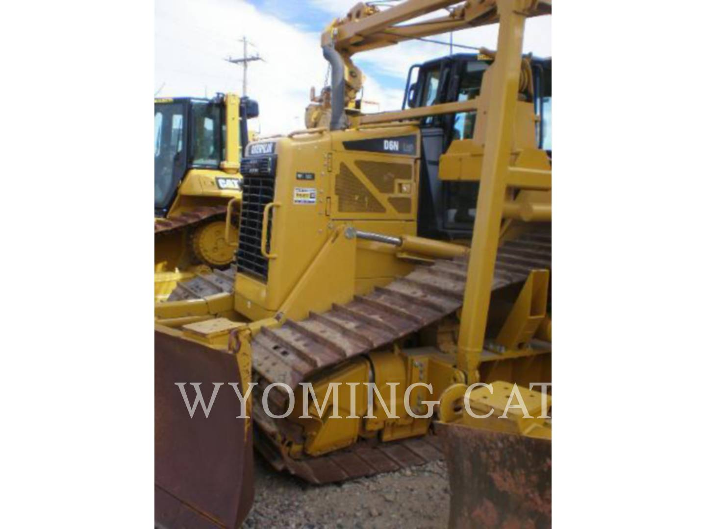 Detail photo of 2010 Caterpillar D6N from Construction Equipment Guide