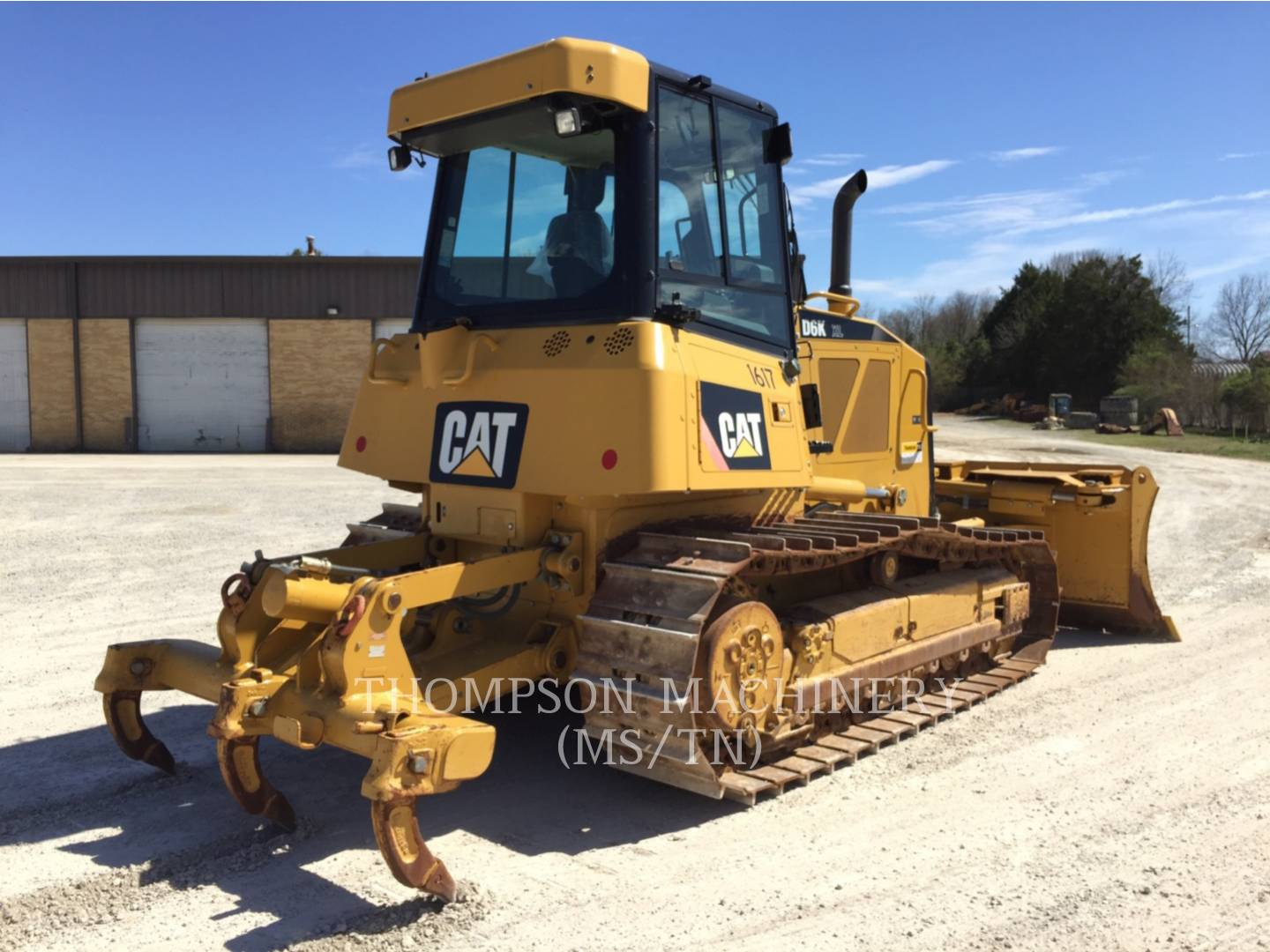 Detail photo of 2010 Caterpillar D6K from Construction Equipment Guide