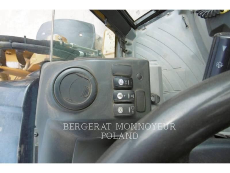 CATERPILLAR TERNE 432E equipment  photo 16