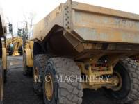 CATERPILLAR KNICKGELENKTE MULDENKIPPER 740B equipment  photo 3