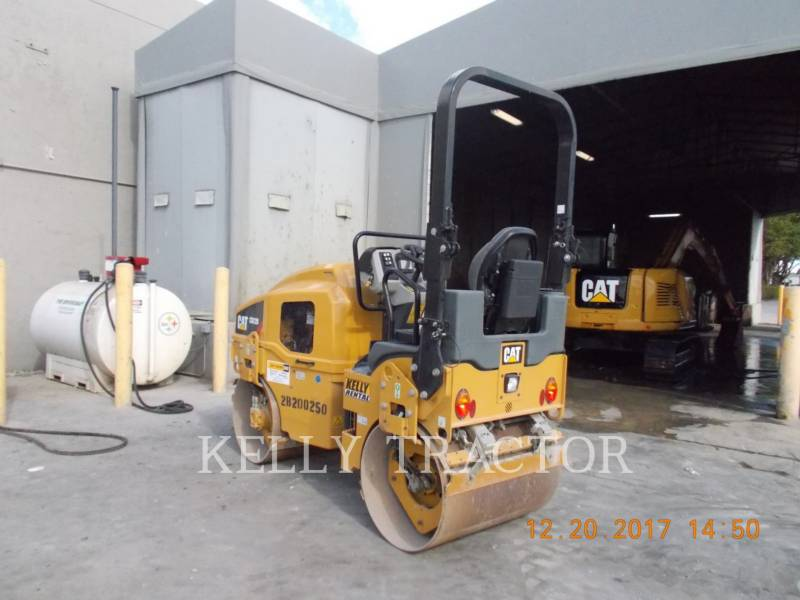 CATERPILLAR COMPATTATORE PER ASFALTO A DOPPIO TAMBURO VIBRANTE CB22B equipment  photo 2
