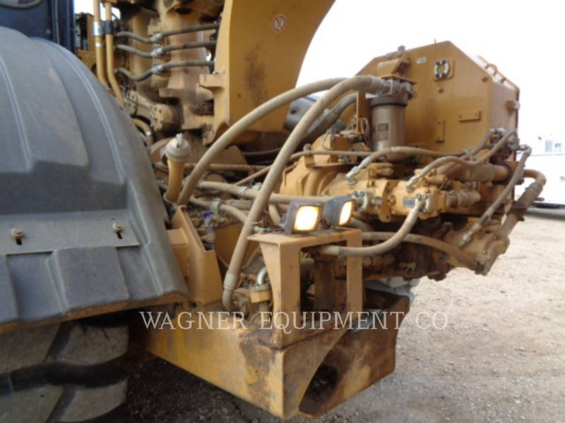 CATERPILLAR WHEEL TRACTOR SCRAPERS 621K equipment  photo 11