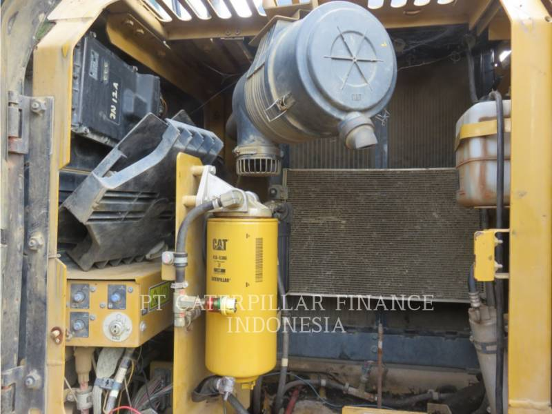 CATERPILLAR EXCAVADORAS DE CADENAS 313D2LGP equipment  photo 8