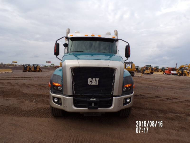CATERPILLAR AUTOMEZZI DA TRASPORTO CT660L equipment  photo 8