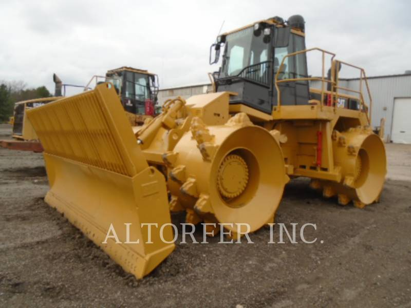 CATERPILLAR TRACTORES TOPADORES DE RUEDAS 826G equipment  photo 1