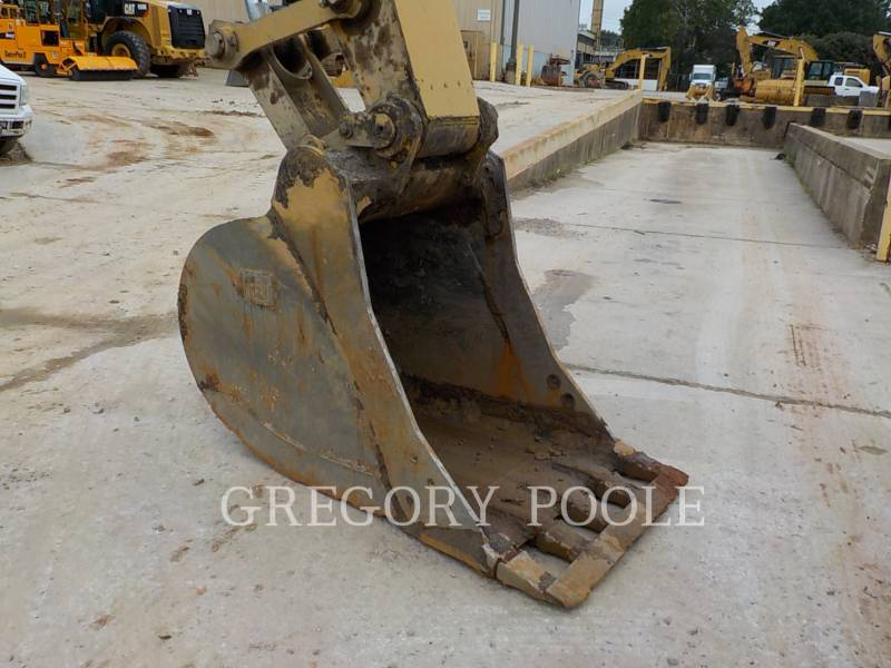 CATERPILLAR TRACK EXCAVATORS 329EL equipment  photo 19