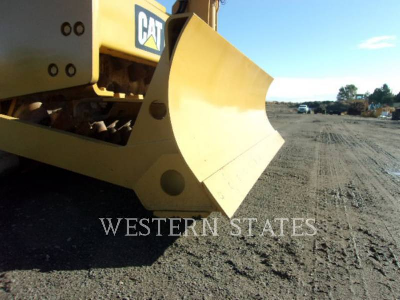 CATERPILLAR VIBRATORY SINGLE DRUM SMOOTH CP56B equipment  photo 9