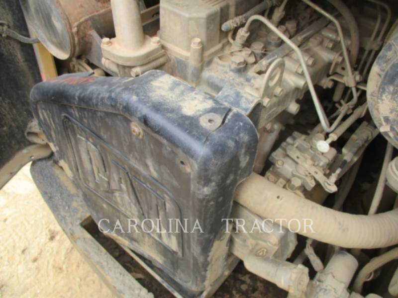 CATERPILLAR SKID STEER LOADERS 262B equipment  photo 14