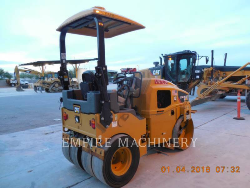 CATERPILLAR COMPACTEURS MIXTES CC34B equipment  photo 2