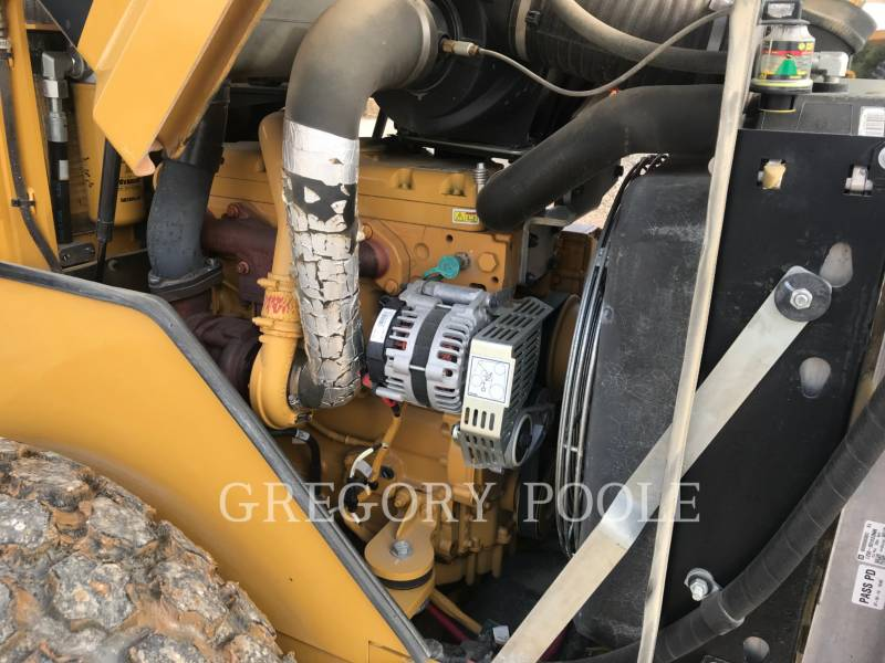 CATERPILLAR EINZELVIBRATIONSWALZE, GLATTBANDAGE CS-44 equipment  photo 18