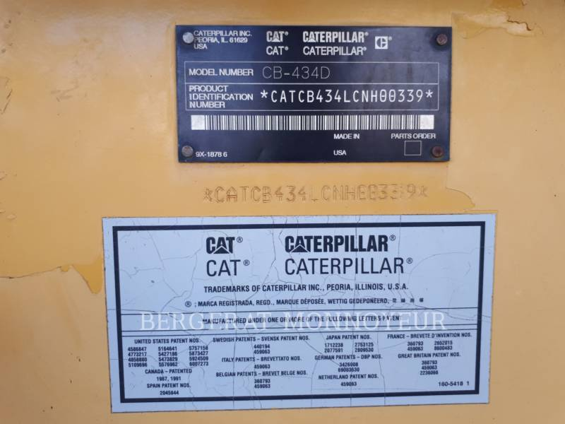 CATERPILLAR COMPACTEURS TANDEMS VIBRANTS CB-434D equipment  photo 6
